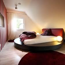 Schlafzimmer Komplett Mit Boxspringbett Gemütliche Innenarchitektur Schlafzimmer Edel Gestalten