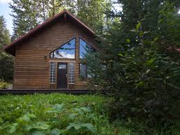 well appointed and roomy cabin with glacier vrbo