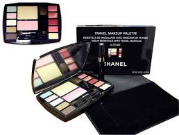 Chanel travel makeup palette cosmetics sparkle sensation