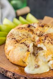 apple pie baked brie appetizer the cookie rookie