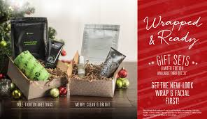 say merry christmas with a limited time gift set from it works