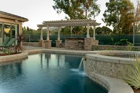 Emejing Pool And Outdoor Kitchen Designs Ideas Interior Design - Backyard designs with pool and outdoor kitchen