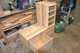 plan pour fabriquer un bureau en bois fabriquer bureau en palette fashion designs