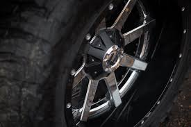 jeep wheels and tires chrome fuel maverick 2pc cast center wheels black with chrome face rims