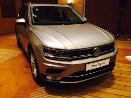 volkswagen tiguan white 2017 live new volkswagen tiguan 2017 launch updates price in india