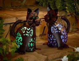 garden oasis solar powered cat metal lawn ornament statue yard