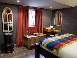 Pictures From A Real Harry Potter Themed Hotel Room You Have To See - Harry potter bedroom ideas