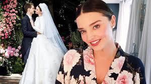 wedding dress miranda kerr this is how miranda kerr did wedding makeup cosmo ph