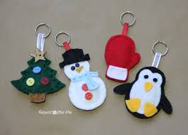 winter friends felt keychains repeat crafter me