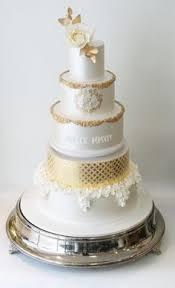 wedding cake love the roman numerals i do pinterest