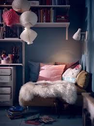ikea chambre ado chambre ado cosy plaid coussins coin lecture ikea chambre ado