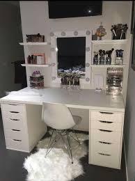 Vanity Ikea Hack Ikea Hackers Makeup Vanity With Side Shelving Plenty Of Storage