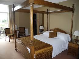 hotel avec en chambre chambre du lake hotel avec lit à colonnes picture of lake hotel