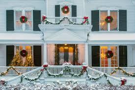traditional home christmas decorating nature u0027s best holiday decorating traditional home