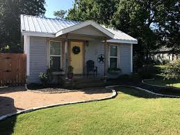 Magnolia Homes Waco by Classic Waco Cottage Less Than 2 Miles From Vrbo