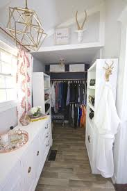 master bedroom closet reveal one room challenge 2 bees in a pod