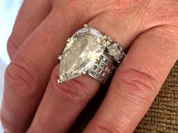 wedding band st louis missouri shocked after trash company finds lost 400 000