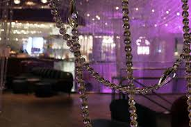 The Chandelier Million Dollar Changes To The Chandelier Bar Eater Vegas