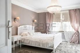 chambre d h e romantique chambre romantique banque d images vecteurs et illustrations libres