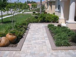 Lowes Concrete Walkway Molds by Decor Landscape Edging Ideas Landscape Stone Edging Lowes