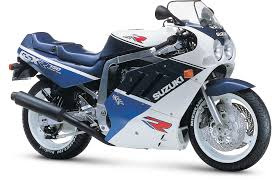 1988 to 1989 2nd generation suzuki gsx r750 improving on a legend