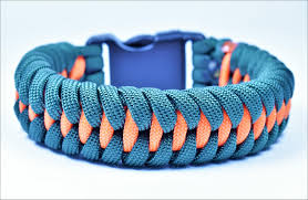 make paracord survival bracelet images How to make the quot dragon teeth quot paracord survival bracelet bored jpg