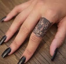 finger tiger tattoomagz