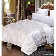 chambre des d ut couette ou couverture couvre lit couette couverture de lit en