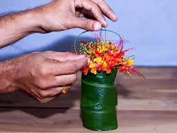 how to arrange flowers for a small vase 6 steps with pictures