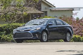 lexus es vs toyota avalon 2017 toyota avalon features review the car connection