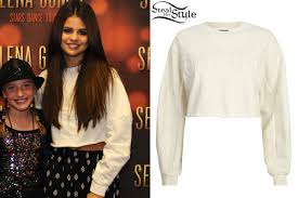 selena gomez sweater selena gomez cropped sweater style