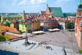 poland a weekend guide to visiting warsaw its all bee
