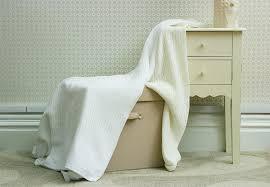 belledorm 100 cotton cellular blanket single white amazon co uk