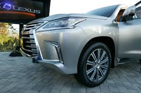lexus v8 transmission 2016 lexus lx 570 gets new look eight speed automatic transmission
