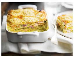 que cuisiner avec des poireaux recette de lasagnes au saumon poireaux fromage de chèvre et allumettes