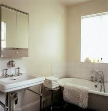 traditional small bathroom ideas small traditional bathroom bathroom designs housetohomecouk small