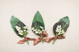How To Make Corsages And Boutonnieres All You Need To Know About Boutonnieres And Corsages Bridestory Blog