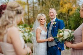 sigma 85mm f1 4 art review vs wedding photography wedding