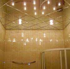 deckenle für badezimmer installieren gespiegelten decken im bad
