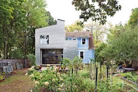 Building A House In Ct by A Traditional Shingle Clad Home In Connecticut Photo 2 Of 2 Dwell