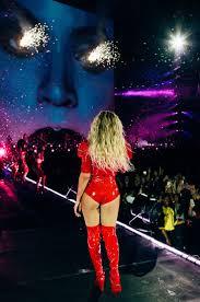Wildfire Nepali Song Lyrics by Best 25 Shakira Tour Ideas On Pinterest Beyonce Europe Tour