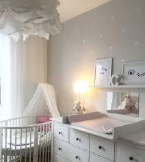 bilder babyzimmer stokke babybett kinderzimmer babyzimmer herzchen ikea