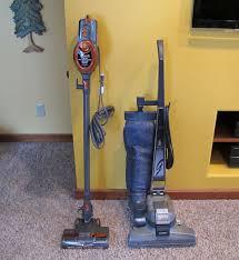 Good Vacuum For Laminate Floors Shark Rocket Hv300 Ultra Lightweight Upright Vacuum Review