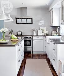 White Shaker Style Kitchen Cabinets Kitchen Gray Quartz Countertops Shaker Style Kitchens And Apron