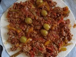 recette de cuisine viande recette lahmacun pizza turque à la viande hachée cuisinez