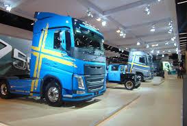 caminhão autônomo desenvolvido no brasil é destaque da volvo na