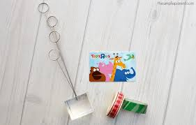 this easy gift card holder project turns gift cards into gifts