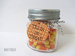 halloween trick or treat jar beautydojo