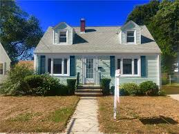 homes for rent in cranston ri