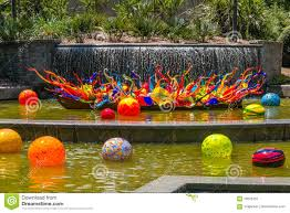 exhibition of glass artist chihuly in atlanta botanical garden